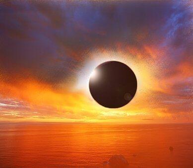皆既日食はスマホで写真撮影可能!【日食グラスが必要】その他の方法も