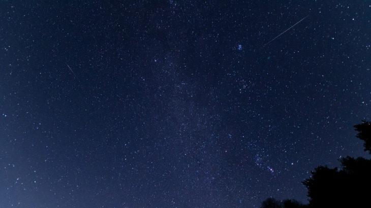【2020】ふたご座流星群の観察場所は?方角やピークの時間帯も